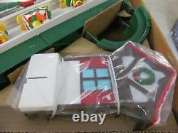 1992 Mr. Christmas SANTA'S SKI SLOPE 4 Moving Figures Never Used in Original Box