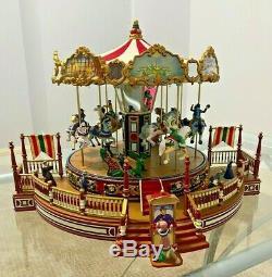 2005 Mr. Christmas Holiday Around the Carousel Animated Plays 30 Songs