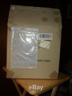 2009 Thomas Pacconi Classics Music Box with 50 Songs/Box/COA. NOS