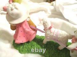 2011 Cherished Teddies Shelley EASTER Spring Lamb Cart & Bunnies 4025789 Friends