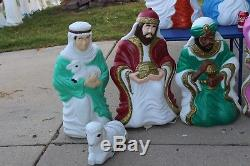 7 pcs. Grand Venture Blowmold Nativity Light Outdoor Plastic Xmas Vtg Lawn Yard