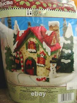86162 BUCILLA felt kit MARY'S SNOW COTTAGE 2009 NIP Mint Engelbreit