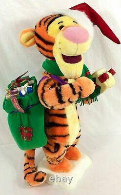 ANIMATED Disney Pooh TIGGER with Christmas LIGHTED Gift 22 TELCO Motion-ette RARE