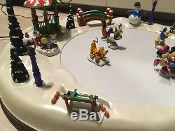DISNEY Mickeys Holiday Skaters Mr Christmas 1996 Animated Pond 50 Songs