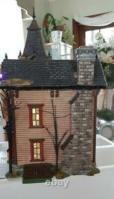 Dept 56 Halloween Snow Village Halloween Victorian House Rare 56.54601