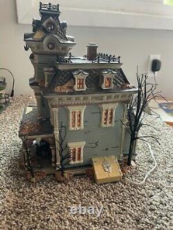 Dept 56 Halloween Village Grimsly Manor Lights & Sound Work