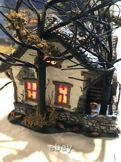 Dept 56 Halloween village house Deep Woods Haunt Retired #805675 EUC