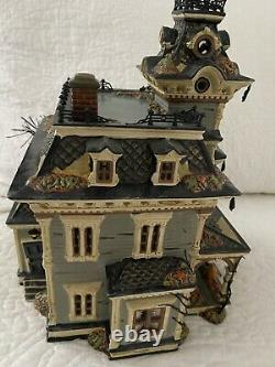 Dept. 56 Snow Village Haunted House Grimsly Manor Lights Sounds Retired Halloween