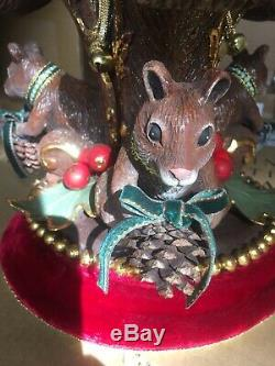Katherines Collection Woodland Renaissance Critter Urn NEW 28-29952 Squirrels