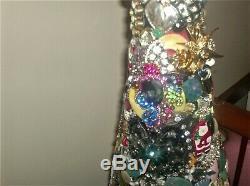 Lot Lb Vintage Modern Rhinestone Jewelry Christmas Tree Not Framed 22 High