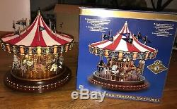 MR. CHRISTMAS Gold Label Collection Carousel With FLAGS Big Carousel PLEASE READ