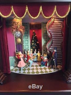 MR CHRISTMAS Gold Label NUTCRACKER SUITE BALLET Animated Wood Music Box 2005