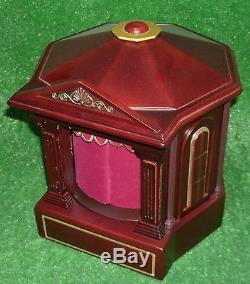 MR CHRISTMAS Gold Label NUTCRACKER SUITE BALLET Animated Wood Music Box 79411