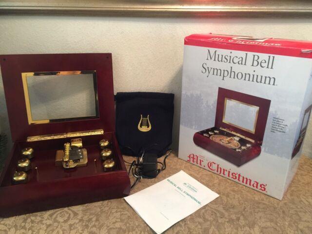 Mr. Christmas 2002 Musical Bell Symphonium Music Box W 16 Discs