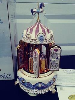 Mr Christmas 2005 Porcelain Carillon Carousel Vintage Gold 30 songs read
