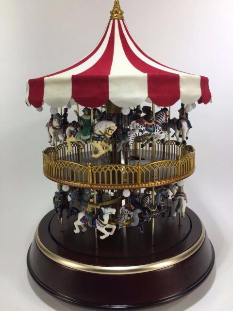 Mr. Christmas Double Decker Musical Lighted Carousel Gold Label 2006 Holiday