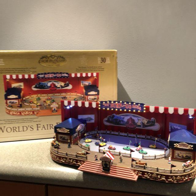 Mr. Christmas Gold Label World's Fair Bump And Go Ride