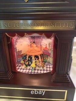 Mr. Christmas Heirloom Nutcracker Suite Ballet Stage Action Music Box