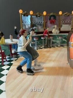 Mr. Christmas Holiday Soda Shop Animated Musical 50s Theme Roller Skaters RARE