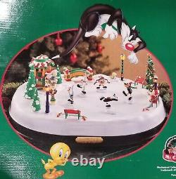 Mr. Christmas Looney Tunes Holiday Skaters RARE