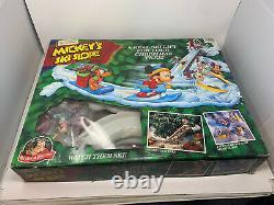 Mr. Christmas Mickeys Ski Slope Lodge 1992 Holiday Tree Decor 99.9 % Complete