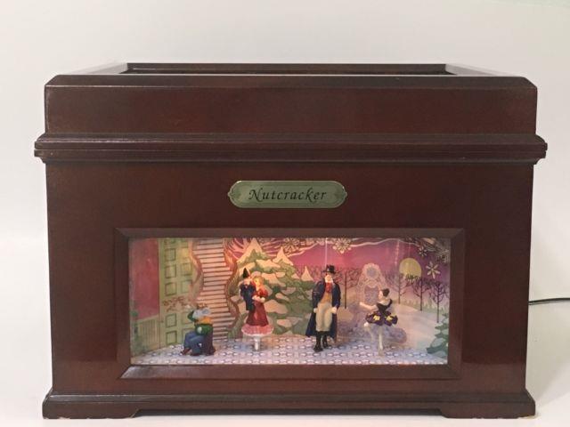 Mr. Christmas Nutcracker Animated Bell Symphonium