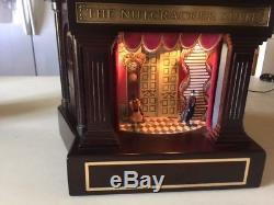 Music box, holiday, nutcracker, carouseltheater, mr. Christmas, decoration, collectable