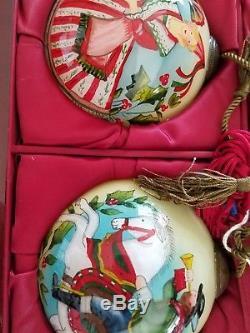 Ne Qwa Christmas Ornaments