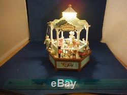 NEW RARE Enesco Toy Gazebo Multi-Action/Light Music Box