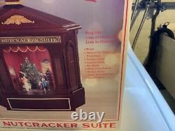 NIB Mr. Christmas Heirloom Nutcracker Suite Lights Ballet Music Box Animated