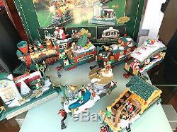 New Bright Holiday Express Animated Christmas Train Set # 387 G-Gauge EUC