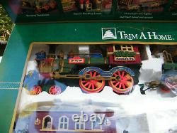 New Bright Santa's Village Express Battery Christmas Train Set 280 in Box Tested