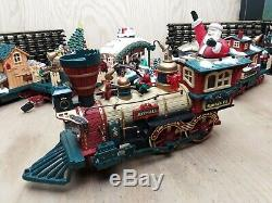 New Bright The Holiday Express Animated Train Set No 387 Santa Xmas Electric
