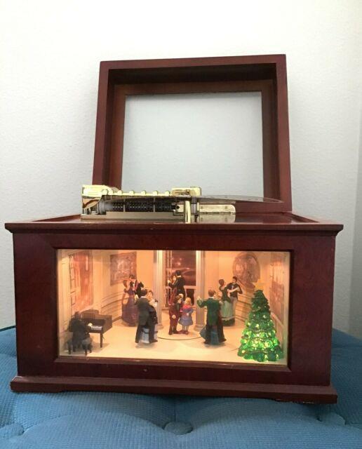 Rare Mr. Christmas Ballroom Scene Village Square Animated Symphonium Music Box