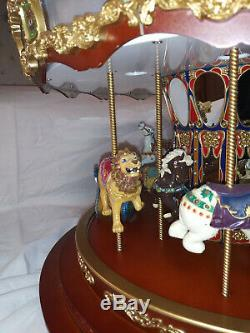 RARE Mr. Christmas Marquee Grand Carousel 16 Animated 40 Songs 240 LED'S Xmas