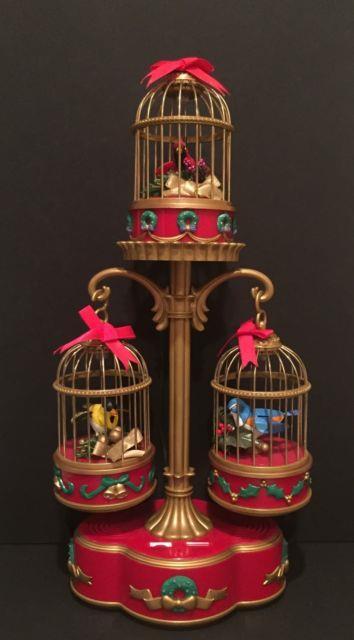 Rare! Mr. Christmas Vintage 1994 Holiday Song Birds Sings 15 Christmas Carols