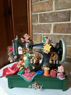 Vintage ENESCO Lighted Christmas Sewing MachineCarol Of Bells Action Music Box