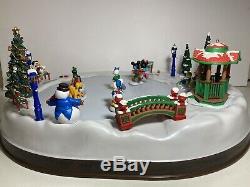 Vtg Mr Christmas Disney Mickeys Holiday Skaters 50 Musical Songs Skating Rink