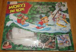 Vtg Mr Christmas MICKEY'S SKI SLOPE Animated Lift for Tree Disney Mouse Decor
