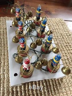 Vtg Mr Christmas SANTA'S MARCHING BAND Box 35 Carols 16 Brass Bells Musical Song